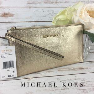 Michael Kors Bedford Large Wristlet Gold Leather